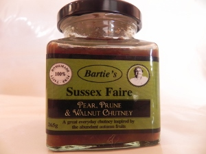 Pear Prune & Walnut Chutney